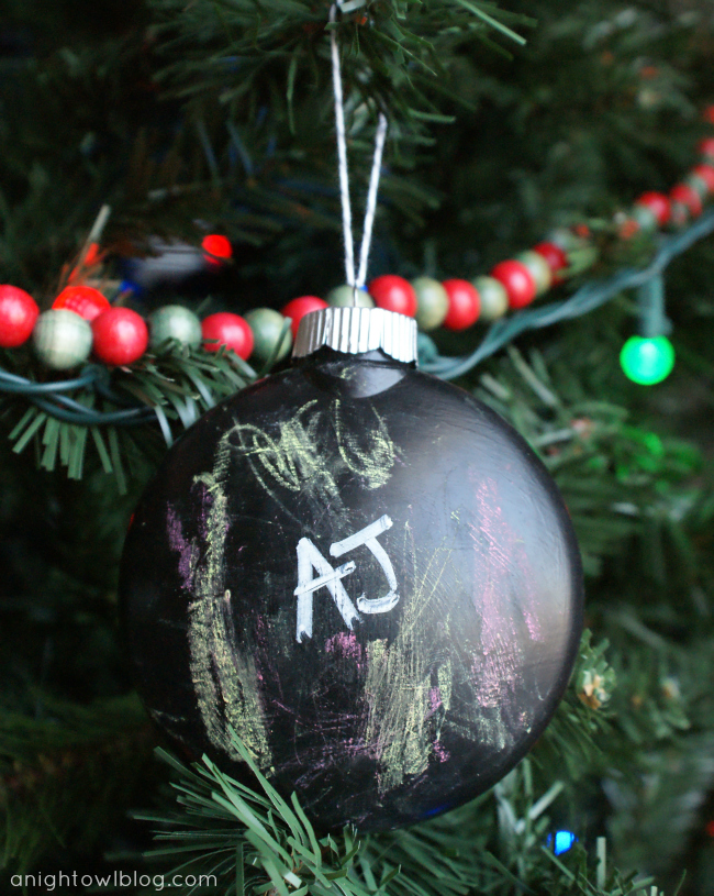Make a chalkboard ornament for your kids to decorate!