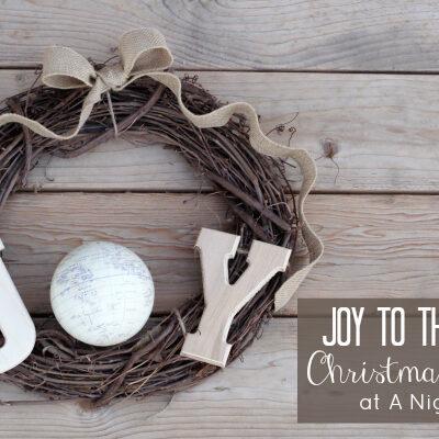 Joy to the World Wreath by @anightowlblog