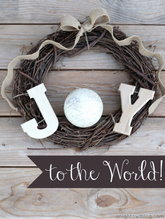 Joy to the World Christmas Wreath by @anightowlblog