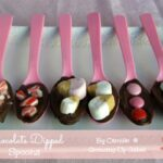 {14 Days of Valentines} Chocolate Dipped Spoons
