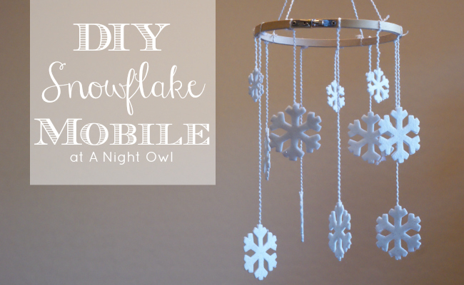 DIY Snowflake Mobile by @anightowlblog