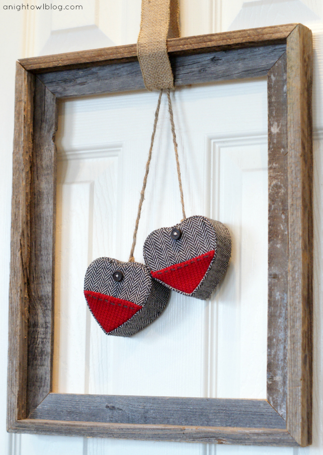 Easy Valentines Framed Heart Wreath by { anightowlblog.com }