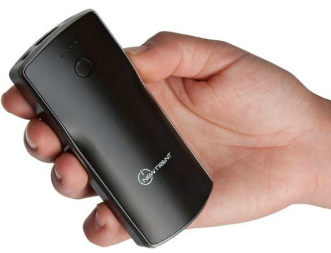 Charge your phone or Tablet on the go with the New Trent iTorch IMP52D Portable Phone Charger