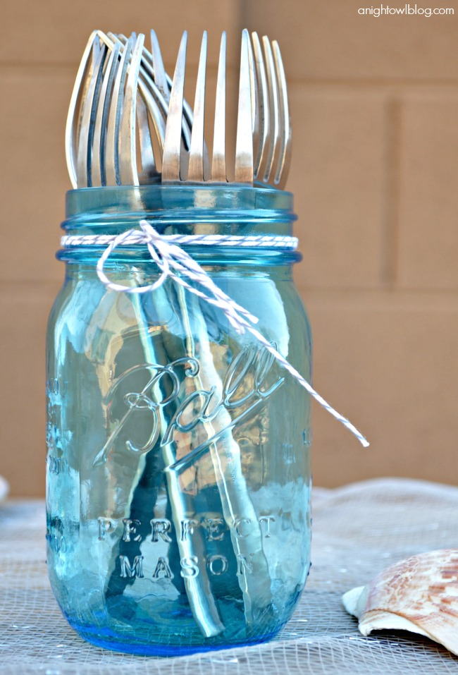 Serve dinnerware in World Market Mason Jars #SummerFun