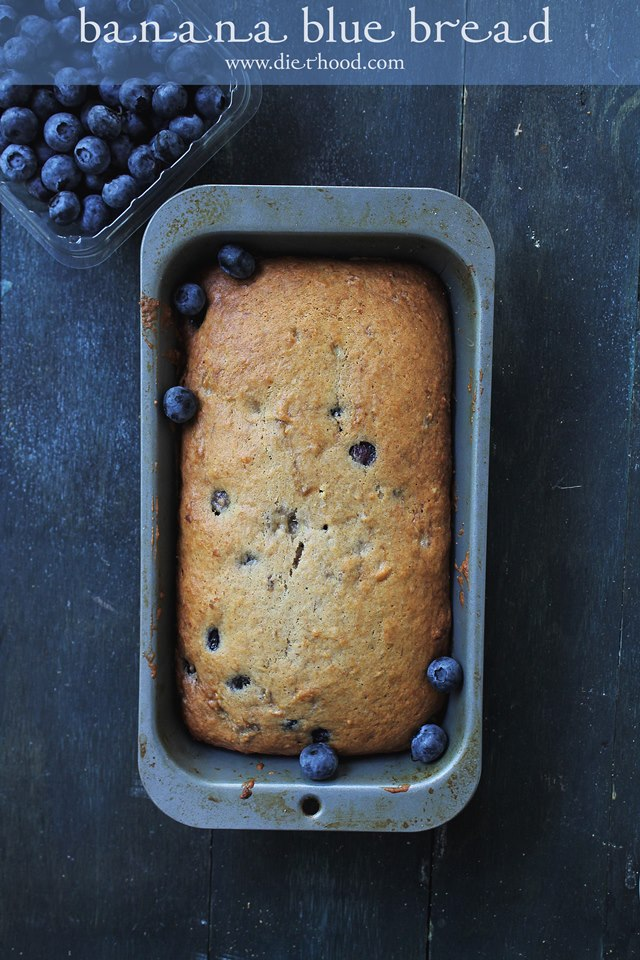 Blueberry Banana Bread Recipe   www.diethood.com   #blueberries #bananabread #recipe