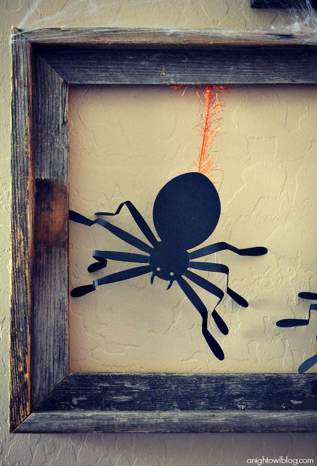 Hanging Spider Frame with Martha Stewart Crafts at anightowlblog.com | #12monthsofmartha #marthastewartcrafts #halloween