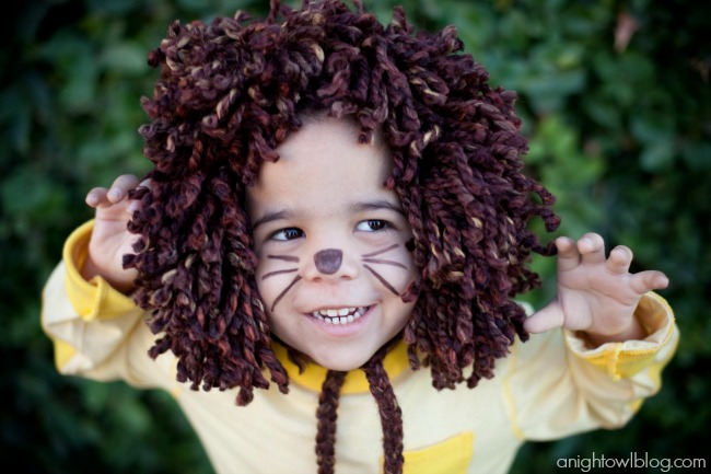 Easy No-Sew Kids Lion Halloween Costume - A Night Owl Blog