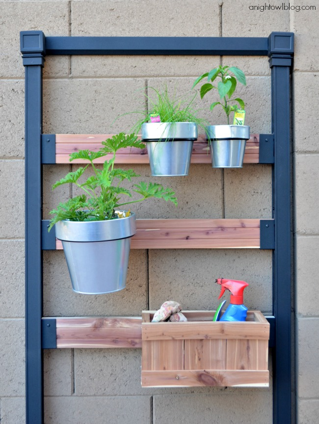 pennington vertical gardening system review a night owl blog. Black Bedroom Furniture Sets. Home Design Ideas