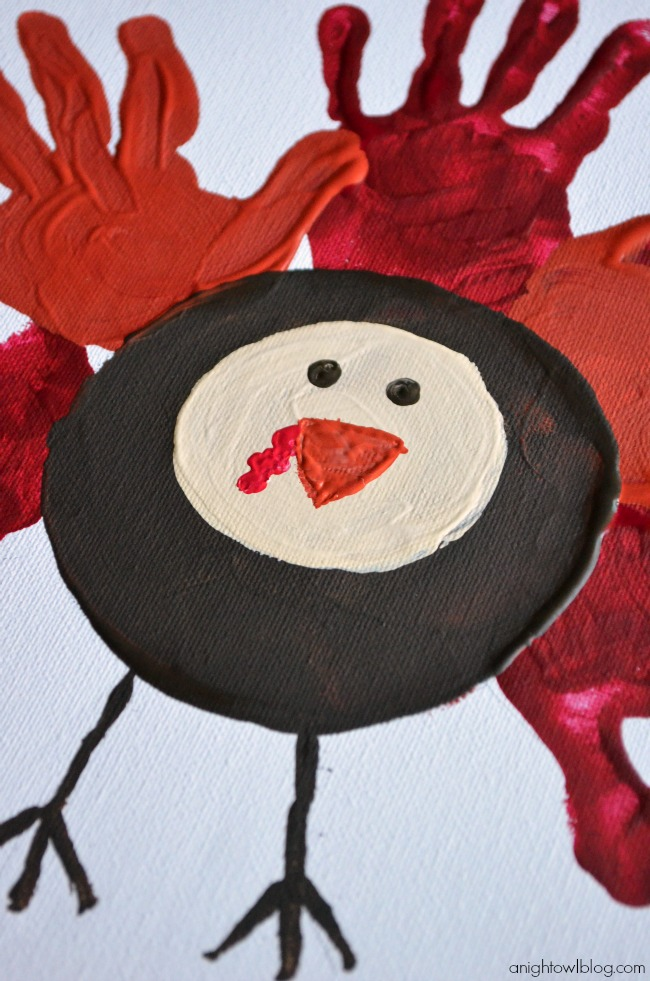 Thanksgiving Kids Crafts - Easy Handprint Turkey