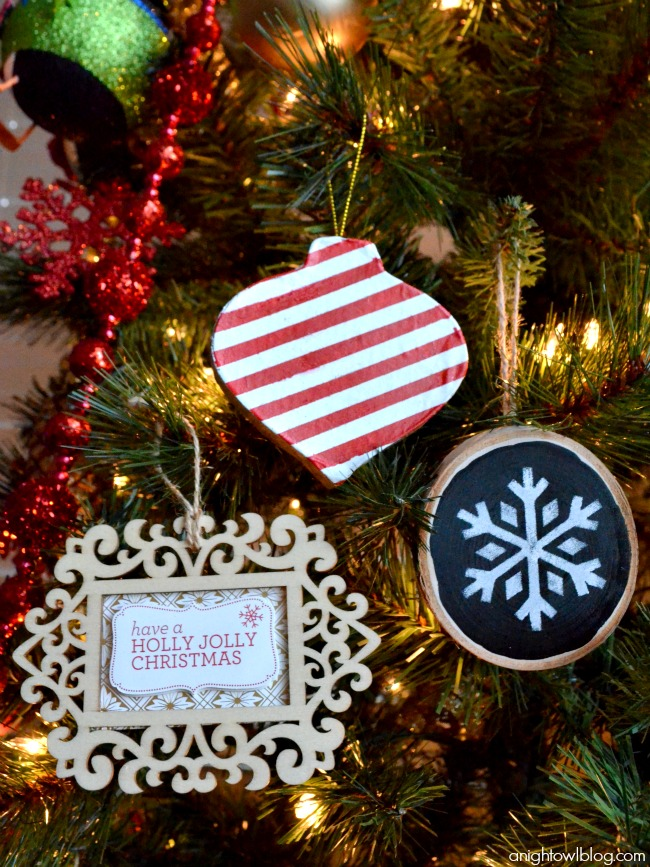 Check out these fun and easy handmade Christmas ornament ideas made with #MarthaStewartCrafts! # & Easy Christmas Ornament Ideas with Martha Stewart Crafts