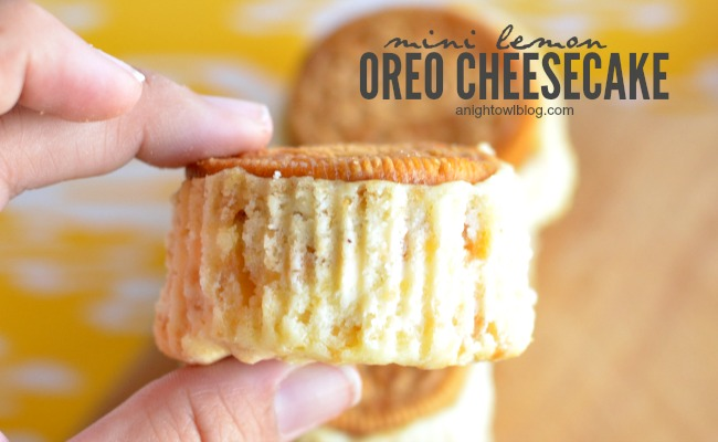 Mini Lemon Oreo Cheesecake | anightowlblog.com