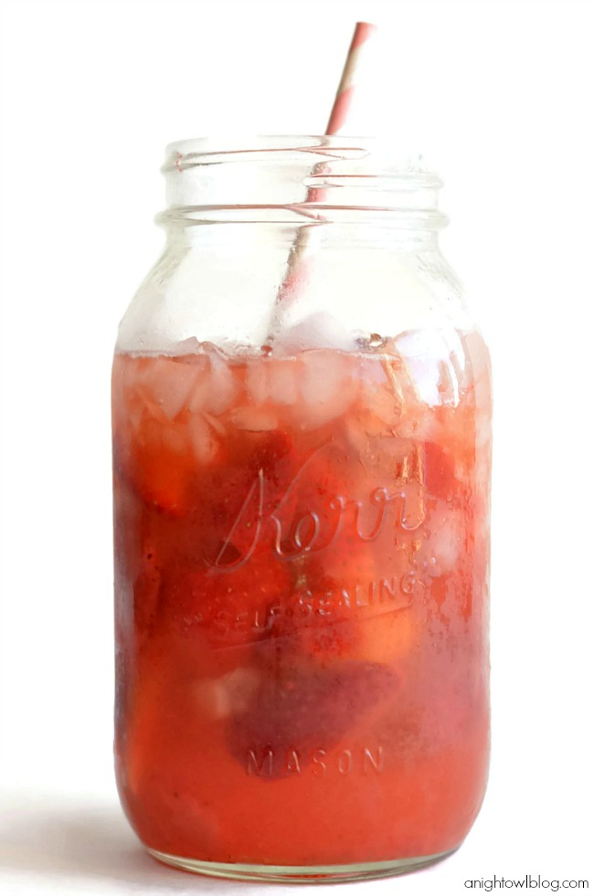 Strawberry Agua Fresca - fresh, fruity water. Perfect for Summer!