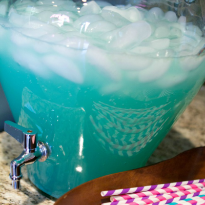 This Frozen Party Punch is so easy to whip up and is perfect for your Frozen party!