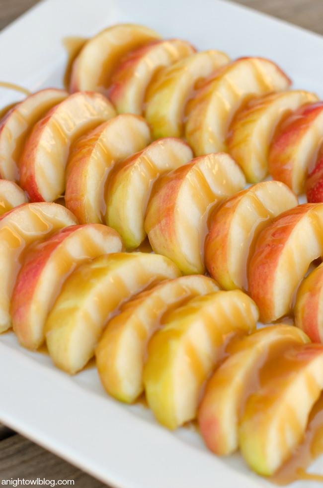 Caramel Apple Nachos   anightowlblog.com