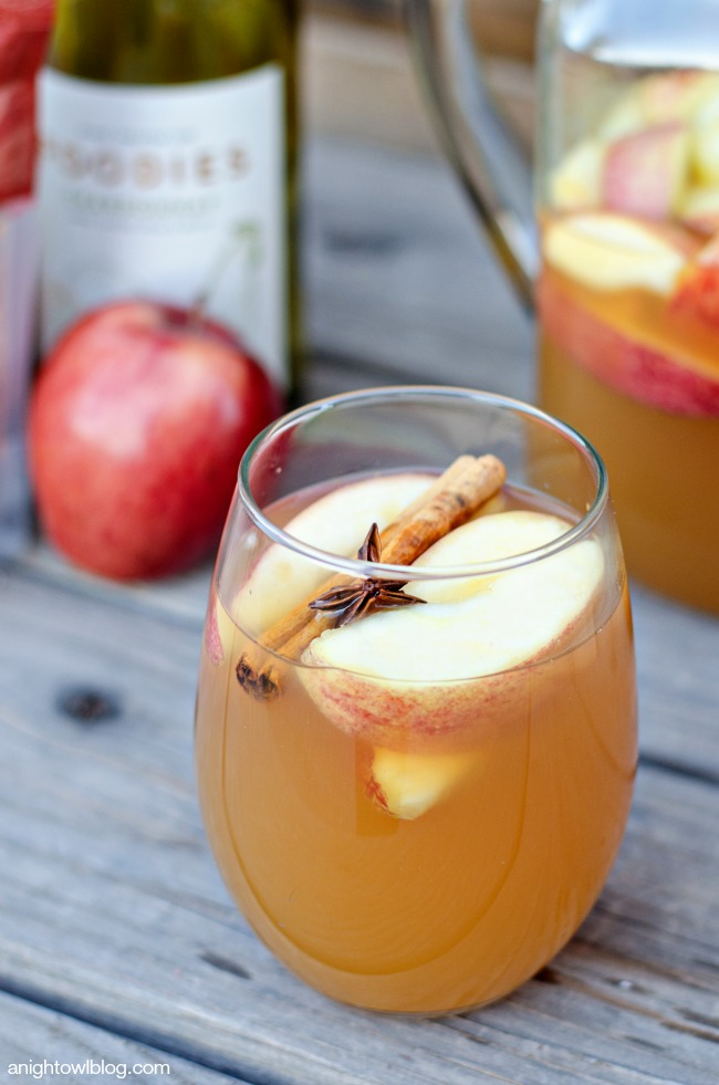 Mulled Apple Cider Sangria. Does it get any better? I think you really ...