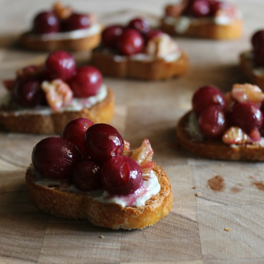 Roasted Grape & Bleu Cheese Bruschetta SQUARE