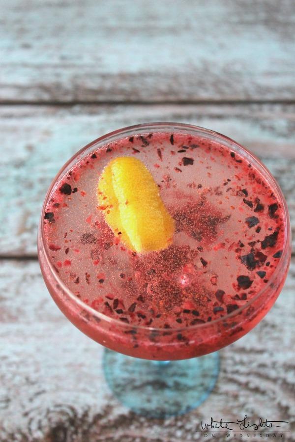 Bluberry Coupe Cocktail | anightowlblog.com
