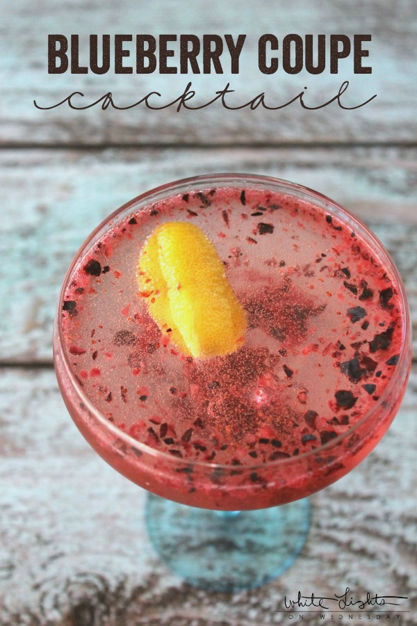 Spend your weekend morning with a Blueberry Coupe Cocktail! With a hint of lemon, it's a cocktail you can drink all spring and summer!