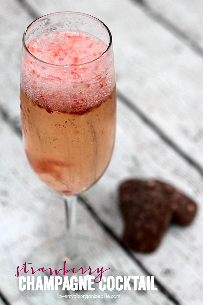 Champagne Cocktail – a light and refreshing champagne cocktail ...