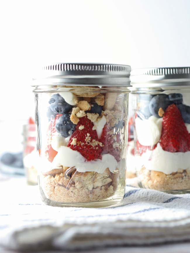 no-bake-cheesecake-patriotic-parfait-5