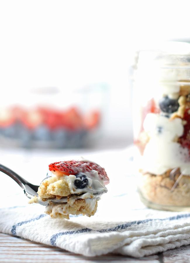 no-bake-cheesecake-patriotic-parfait-8