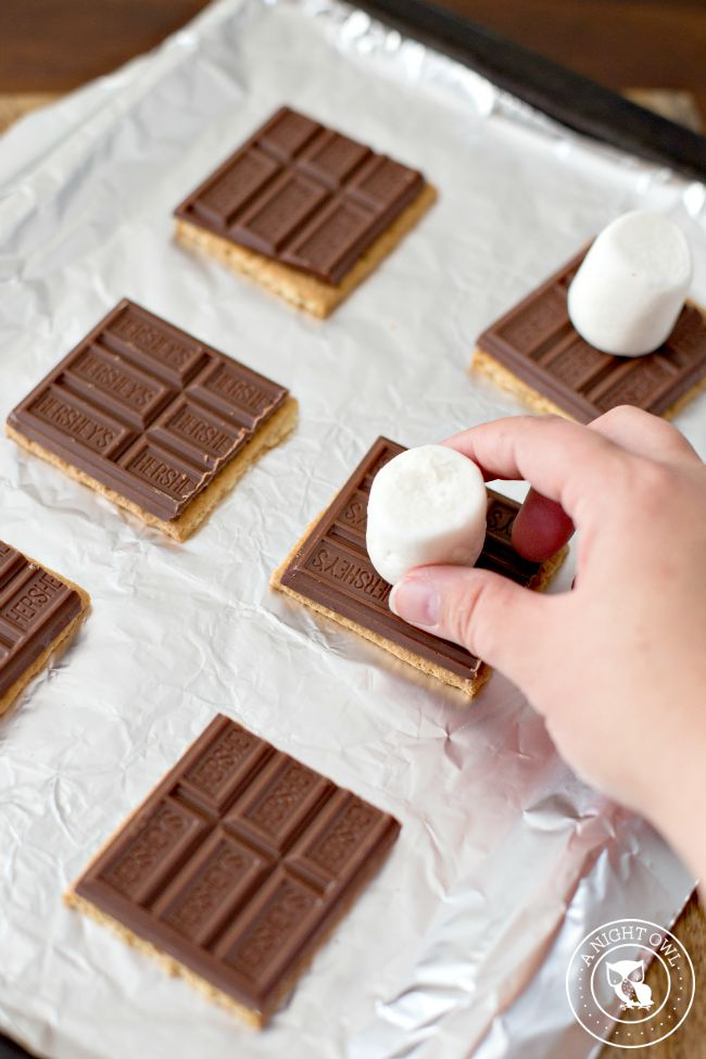 How to Make Indoor S'mores 2