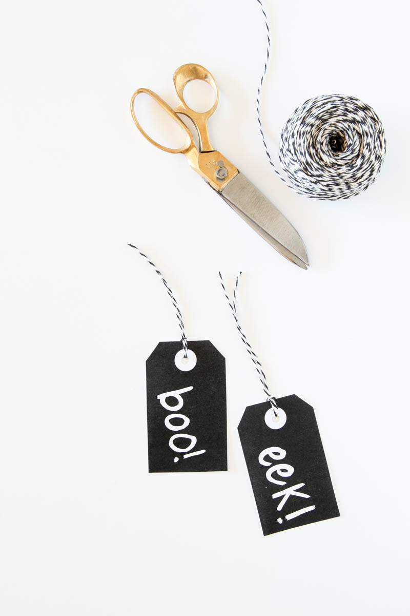 These Boo Eek Halloween Gift Tags make a fun last-minute gift idea for Halloween.