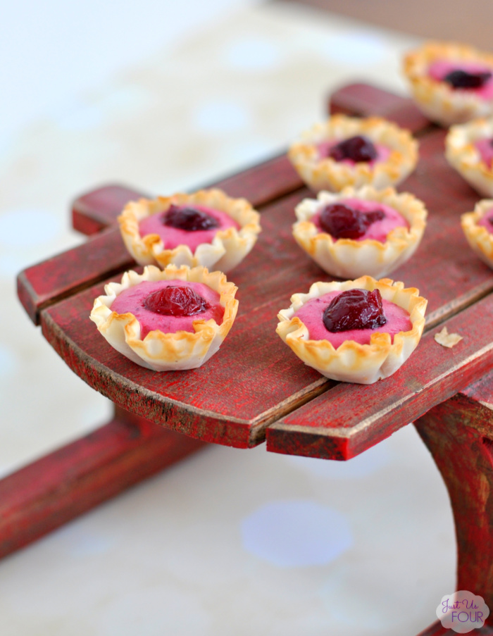 cranberry-cream-cheese-tartlets-11