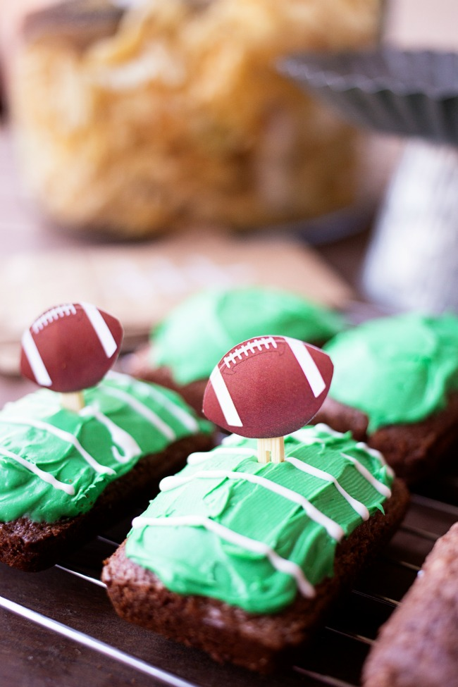 These Football Field Brownies are fun and easy to make - perfect for game day!