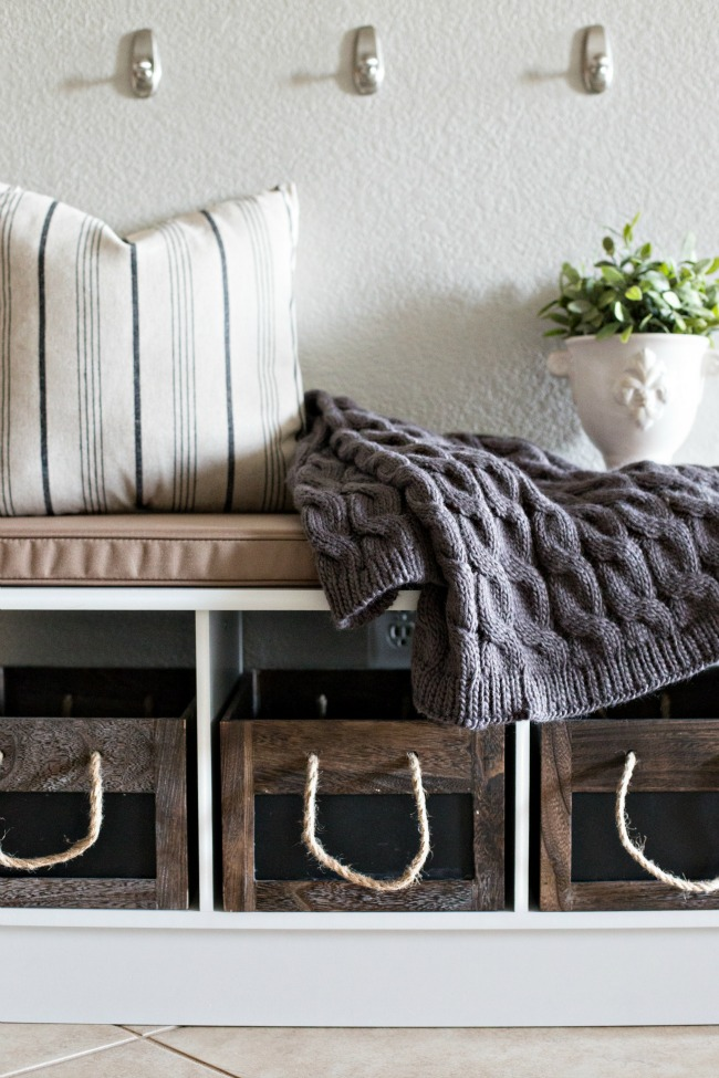 Great tips on how to create a makeshift mudroom in your home!