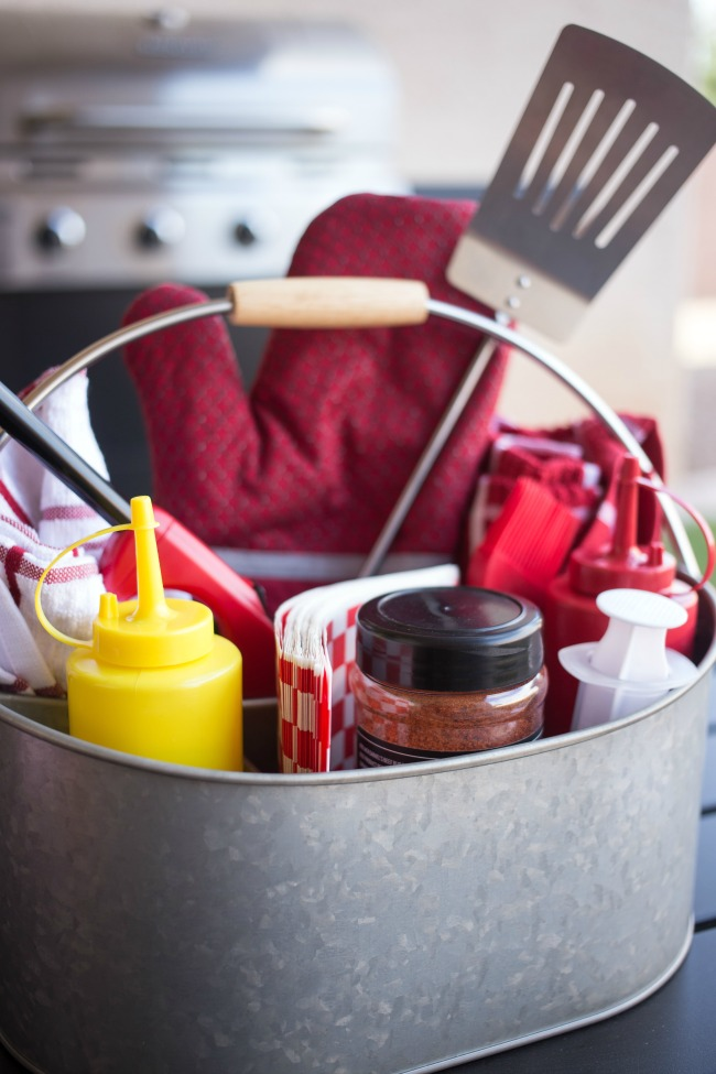 Perfect for summer entertaining, whip up or gift a Grillin' Gift Caddy for all your BBQing needs!
