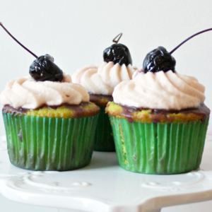 Cherry Limeade Cupcakes FEATURE