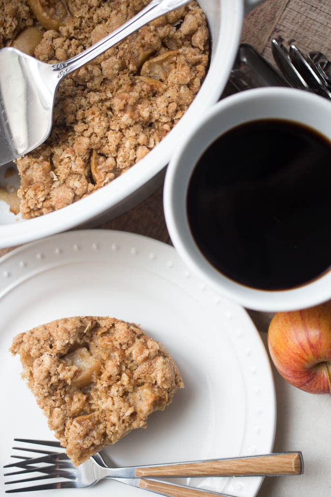 This Apple Cinnamon Coffee Cake is a delicious start to your day! Perfect for a breakfast or brunch treat during the holidays!
