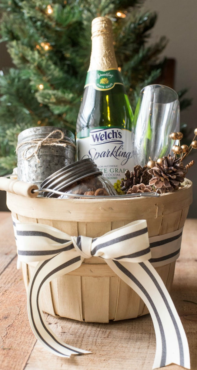 This holiday season, put together a Sparkling Gift Basket for your friends, family or hostess!