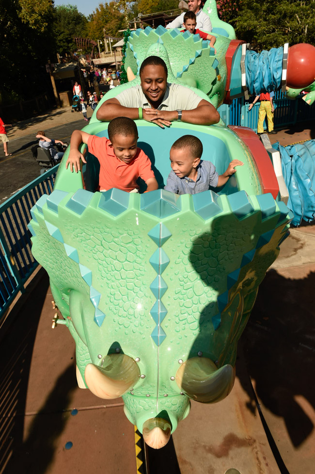 Planning a Disney Vacation with Preschoolers? Discover our thoughts on the best Family Friendly Rides at Walt Disney World® Resort!