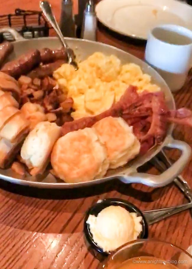 'Ohana Character Dining Family Breakfast, Disney's Polynesian Village Resort