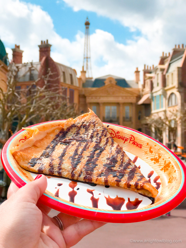 Guide to Eating Around the World at EPCOT: Chocolate Crépe from Crêpes de Chefs de France, France Pavilion at Epcot World Showcase #EPCOT #WaltDisneyWorld