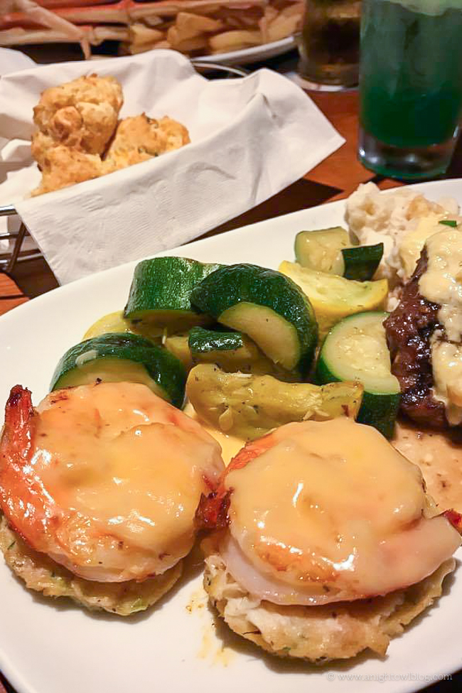 5 Reasons to Check Out Crabfest at Red Lobster!