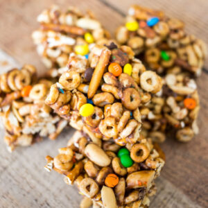These Easy Monster Cereal Bars with Cheerios are an easy and delicious snack - perfect for those hungry after school bellies!