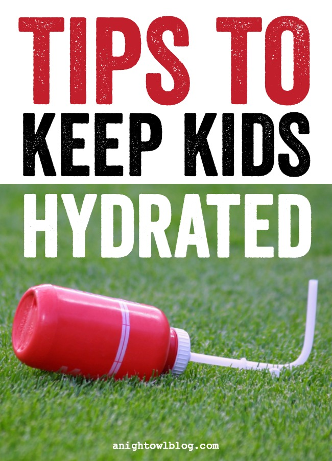 If you're a mom on the go, rushing from one activity or function to the next - follow these tips to keep kids hydrated.