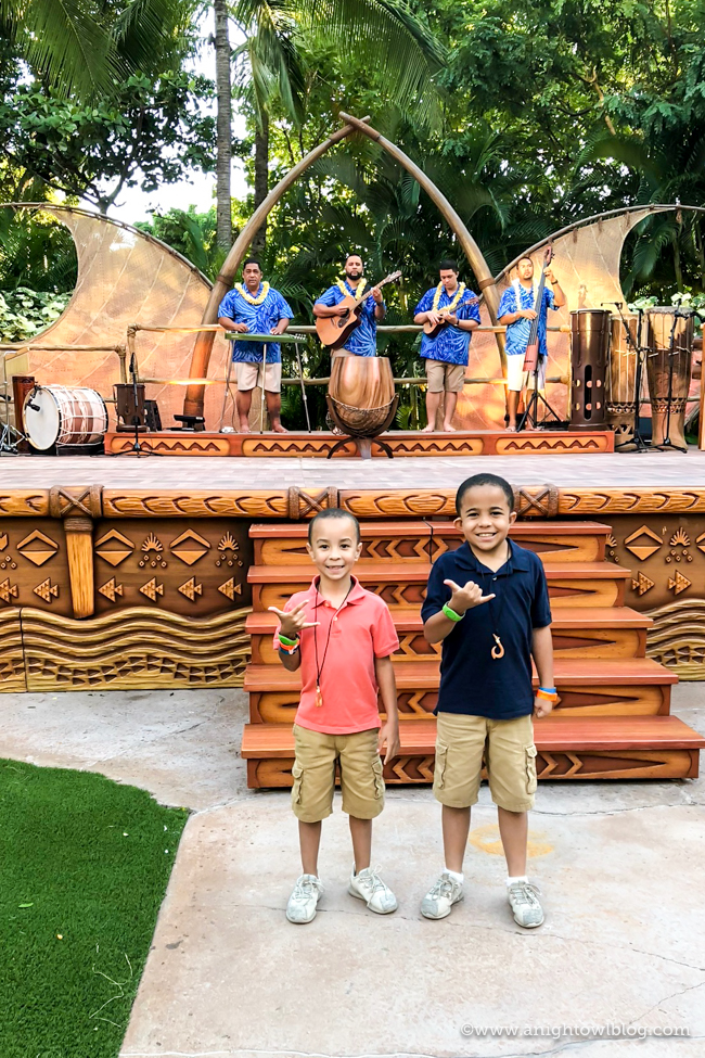 From Dining and Accommodations to The Disney Difference, discover 10 Reasons to Take Your Family to Aulani - A Disney Resort & Spa.