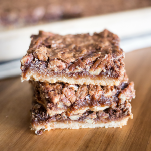 Maple Chocolate Pecan Pie Bars