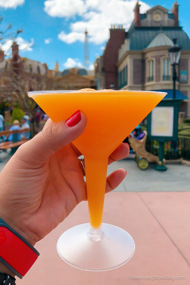 Guide to Drinking Around the World at EPCOT: Grand Marnier Slush from Les Vins des Chefs de France #Epcot #WaltDisneyWorld