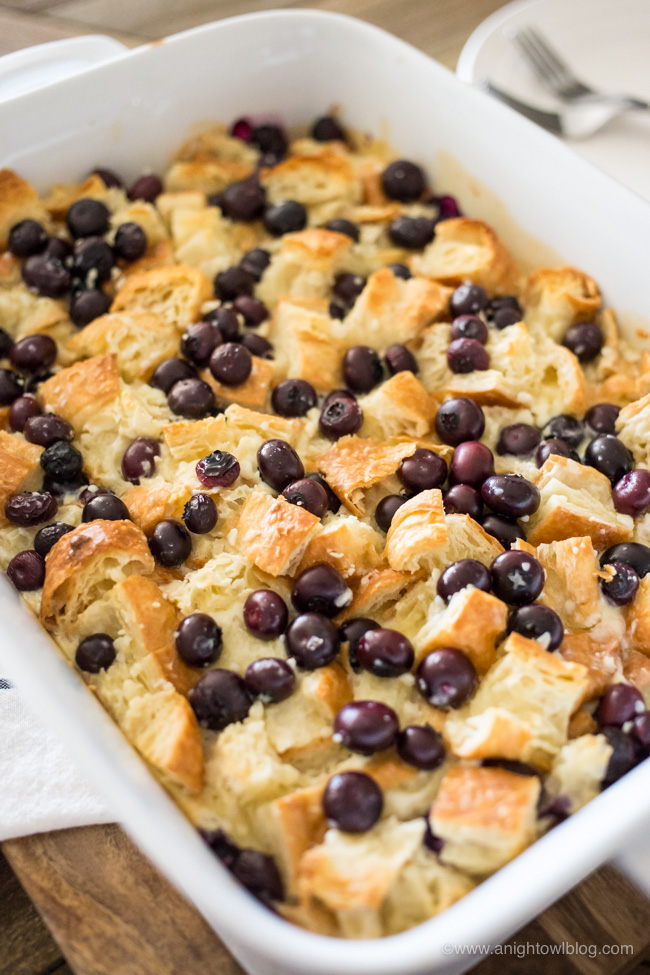 An breakfast casserole made croissants, cream cheese and fresh blueberries, this Easy Blueberry Danish Breakfast will be the hit at your next brunch!