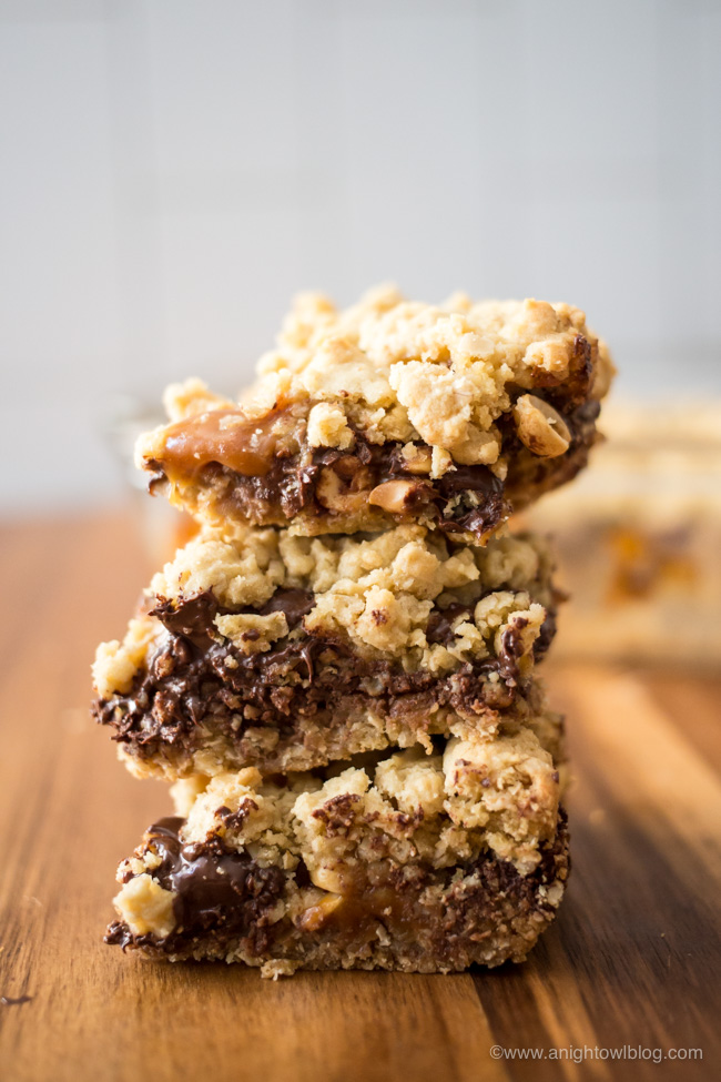 Stuffed with Werther's Soft Caramels, peanuts and chocolate chips, you're going to drool over these Stuffed Caramel Chocolate Chip Cookie Bars!