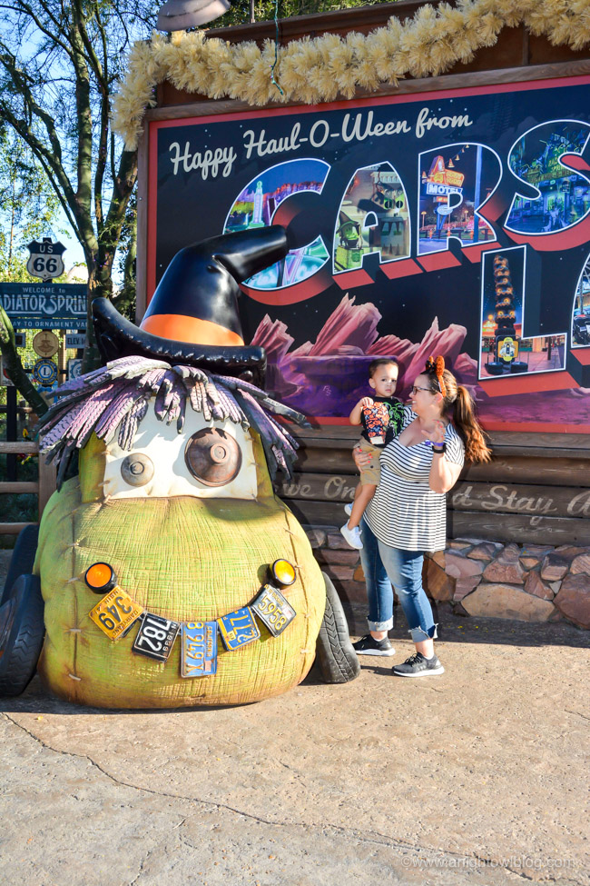 From Rides and Attractions to Character Experiences, check out our top things to do with Preschoolers during Disney Halloween Time!