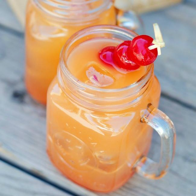 Coconut Rum Punch | A Night Owl's Best of 2018