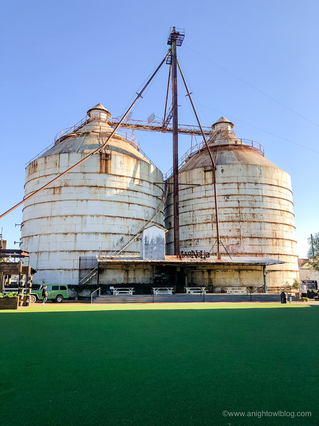 Guide to Magnolia Market at the Silos