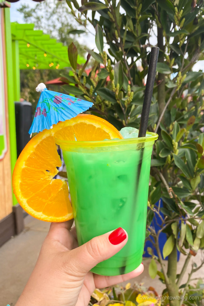 Blue Angeleno Cocktail from LA Style | From Mickey-Shaped Macarons to the Carbonara Garlic Mac & Cheese, there are so many great bites and brews to discover at the Disney California Adventure Food and Wine Festival!
