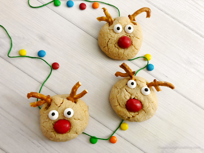 These Rudolph Peanut Butter Blossoms are a fun and easy treat to whip up for your cookie plate or Christmas parties!